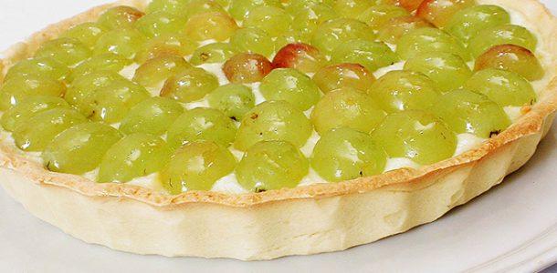 975376800000-Torta-de-uva-italia