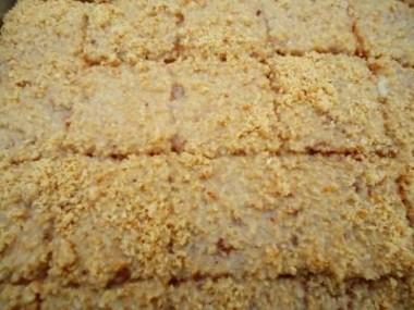 Bolo-umido-e-gelado-de-amendoim-2-380x285