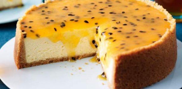Cheesecake-Com-Cobertura-de-Maracujá