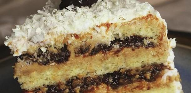 bolo-de-doce-de-leite-e-ameixa-1920x1080